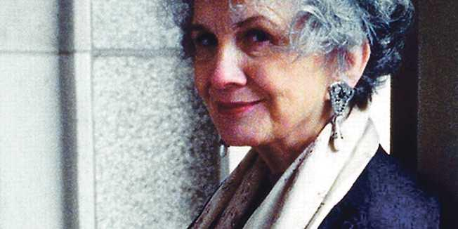 """Čitateljski klub """"Luna"""": rasprava o knjizi """"Služba, družba, prošnja, ljubav, brak"""" nobelovke Alice Munro"""